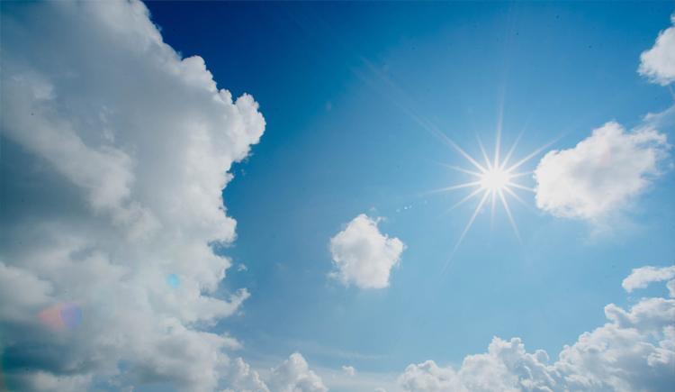Zon en blauwlucht